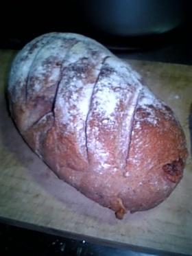 赤ワインライ麦くるみパン