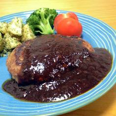 ソースが絶品❤黒胡椒香るハンバーグ