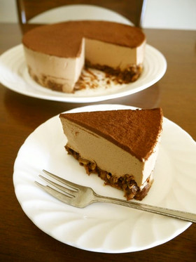 ザクザクボトムのチョコムースケーキ♪