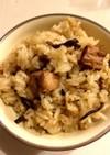 簡単 昆布佃煮と焼鳥缶の炊き込みご飯
