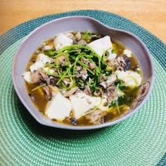鯖缶で、豆苗と豆腐のヘルシー煮