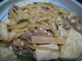 豆腐DEチンジャオ風