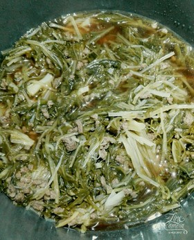 水菜と挽き肉の煮物