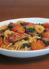 ベーコンとミニトマトのトマトソースパスタ