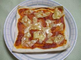 発酵なし!お家で簡単なんちゃってピザ☆