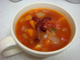 野菜ウマミたっぷりいんげん豆トマトスープ