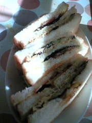 ナスベーコンのトーストサンドの写真