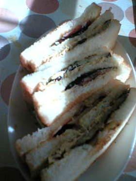 ナスベーコンのトーストサンド