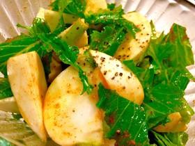 カブのオリーブオイル漬サラダ カレー風味