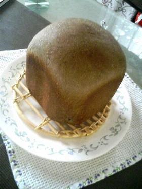 HB☆黒ゴマと練乳で!まっくろパン