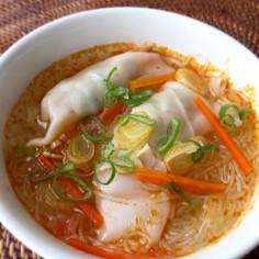 トムヤムクン風♪ウマ辛水餃子スープ