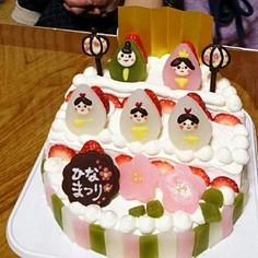 ひな祭りケーキ(手作り飾り)