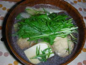ショウガ入り鶏団子と水菜の澄まし汁