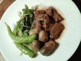 牛肉とフクロ茸の牡蠣油煮込み