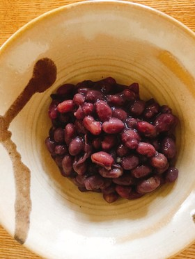 Boiled azuki beans.