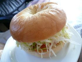 スモークサーモン&クリームチーズベーグル