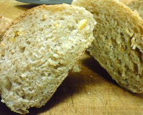 酒粕酵母で酒粕パン