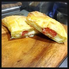 クリームチーズとパルメザンチーズの苺パイ