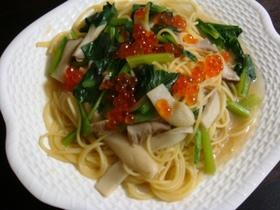 (∵)屋:小松菜とエリンギの和風パスタ
