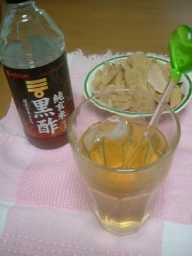 黒酢を使ってはちみつ生姜サワー
