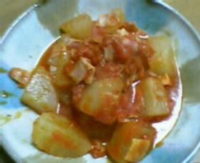 大根をホールトマトで煮ちゃいましたww