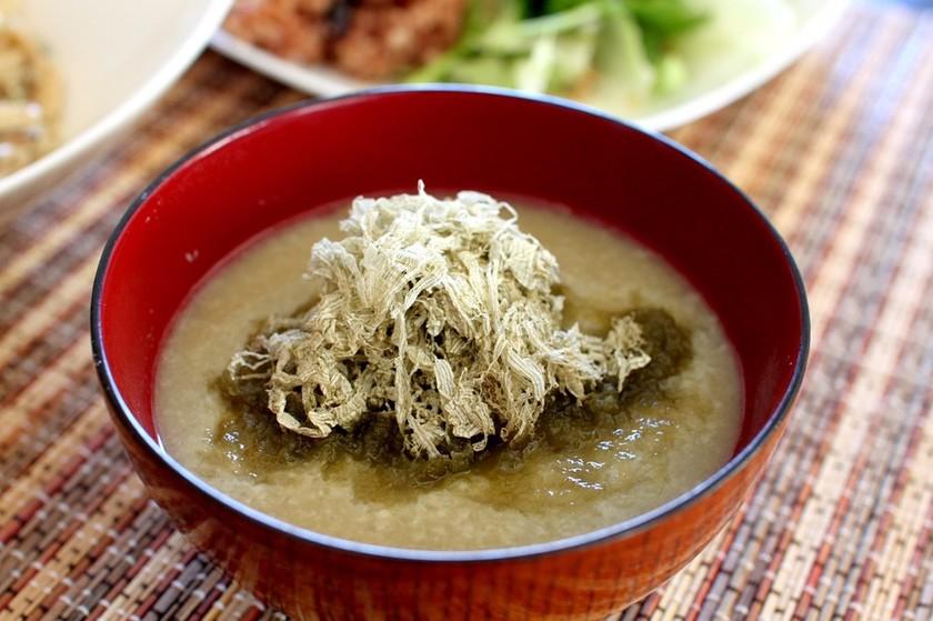 カラダほっこり♪酒かす生姜スープ