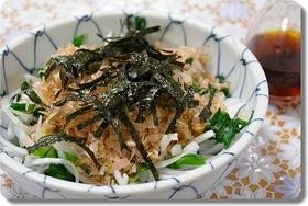 ご飯にあう♪新タマとにらの納豆和え