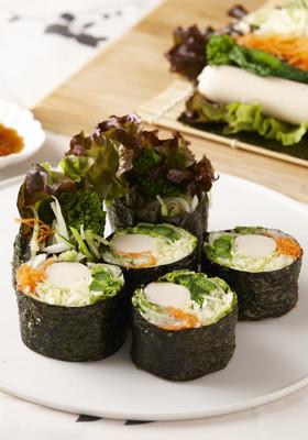 フィッシュソーセージと野菜の海苔巻