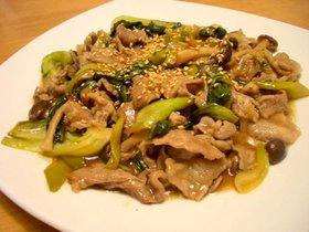 ご飯がすすむ!豚肉と青梗菜の柚子胡椒炒め