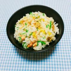 酢飯で♡鮭と胡桃と大葉混ぜ御飯(お握り)