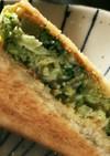 ブロッコリーのトーストサンドイッチ