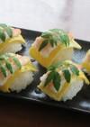 海老と薄焼き卵と木の芽の手毬寿司