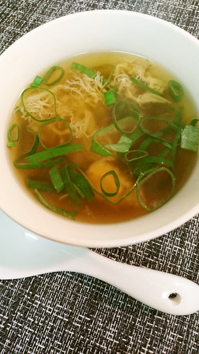 ヤマブシタケのスープ