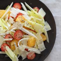 うるいとはっさく、パルミジャーノのサラダ