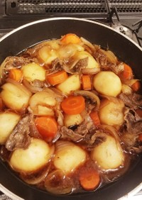 ご飯が進む味♪すき焼きの残りで肉じゃが