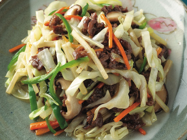 牛肉と五目野菜の炒め物