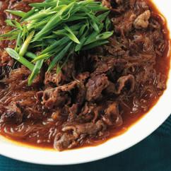 牛肉と春雨の豆板醤煮込み