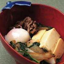 牛肩ロース肉と豆腐のすき焼き風