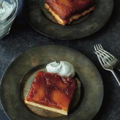 りんごのタタンケーキ