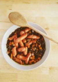 簡単!ソーセージとレンズ豆の煮込み