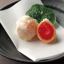 味噌漬け卵黄の白扇揚げ