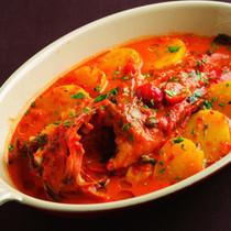 サルデーニャ風 サフラン風味のじゃがいもとかさごのトマト煮込み