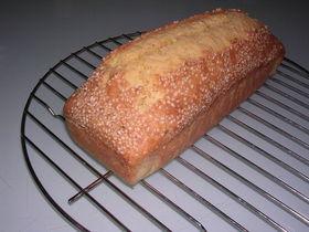 ごまたっぷり簡単パウンドケーキ