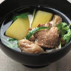 牛すじ肉と冬瓜のスープ煮