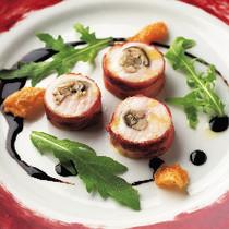 やなぎ松茸、えのき茸を詰めた、鶏もも肉のインボルティーニ