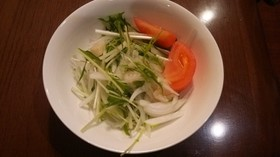 ホタテと水菜と新玉ねぎのサラダ