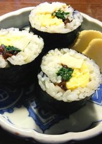 筍、生きくらげ、卵焼き、三つ葉の太巻き