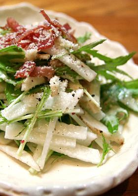 長いもと水菜の和風シーザーサラダ