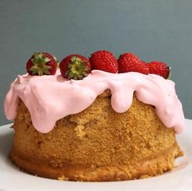 ふわふわ♪いちごのシフォンケーキ