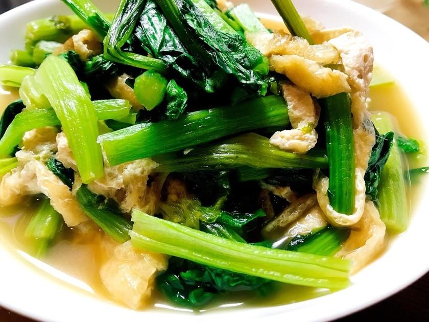 冷めても美味しい!小松菜と油揚げの煮浸し